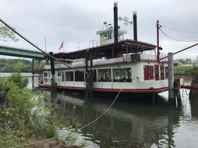 Fishing/Dinner/Cruise Boats for sale - Sun Machinery Corp